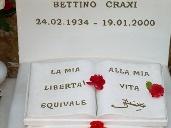 Sulla tomba di Bettino